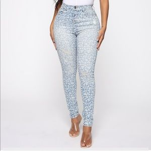 NWT. Sexy and fun jeans